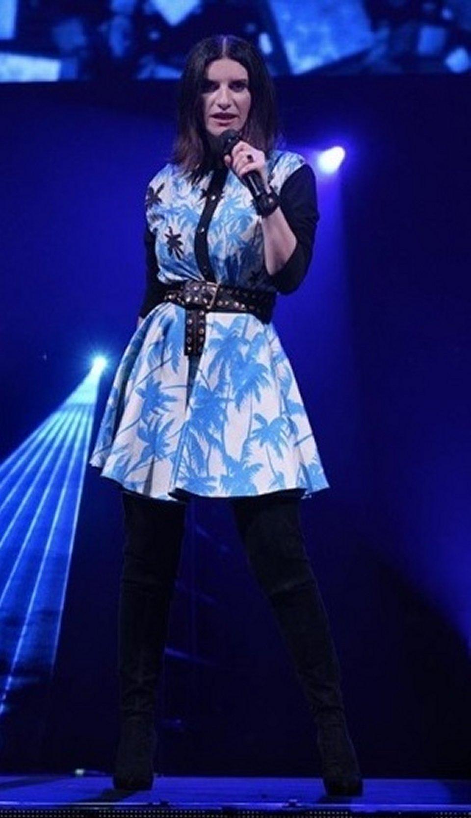 166af93616 Laura Pausini risponde alle critiche riguardo il suo look | Musica e Vip