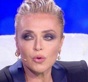 Live non è la D'Urso Paola Barale contro Alfonso Signorini