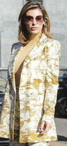 Elisabetta Canalis look vedo non vedo alla Milano Fashion We